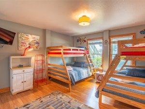 5414-crawford-cottage-22-Carousel